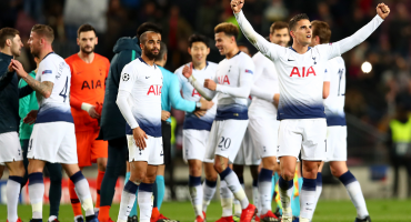 Tottenham alcanzó la clasificación; Napoli eliminado