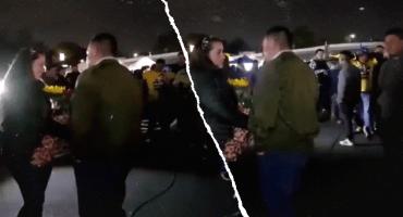 Soldado caído: Video muestra a un hombre pidiendo matrimonio en el Azteca... y fue bateado