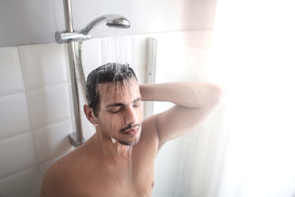 banos-agua-caliente-mejoran-salud-presion-azucar-calorias
