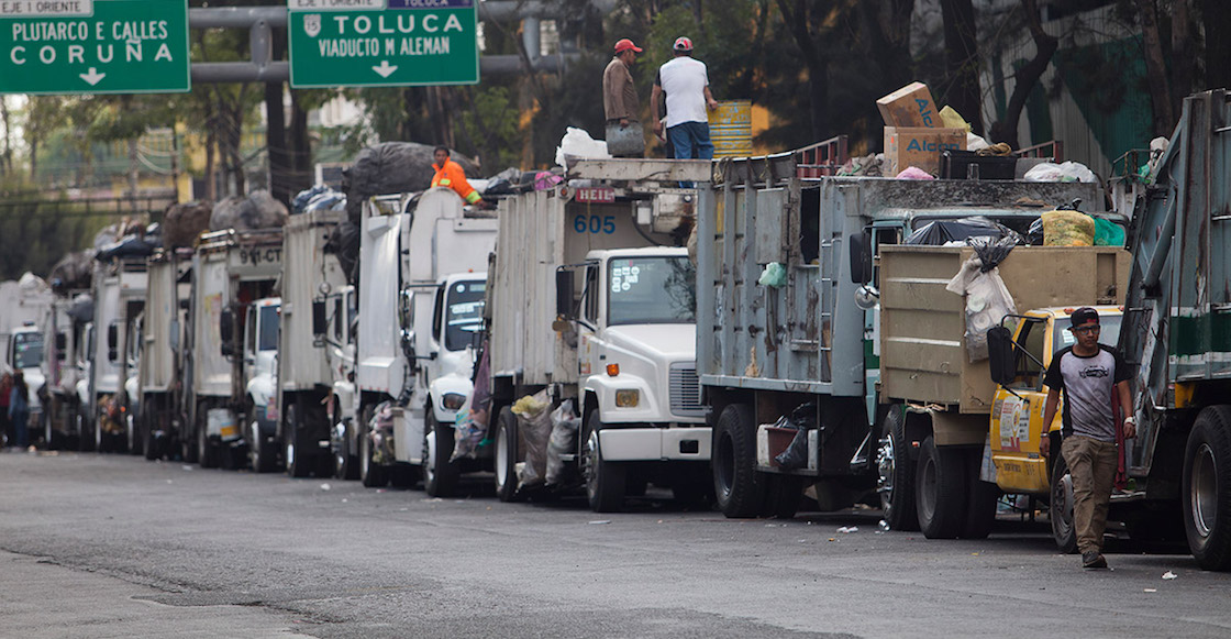 camiones-basura-fila-navidad