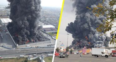 Se registra fuerte incendio en bodega de telas en Toluca