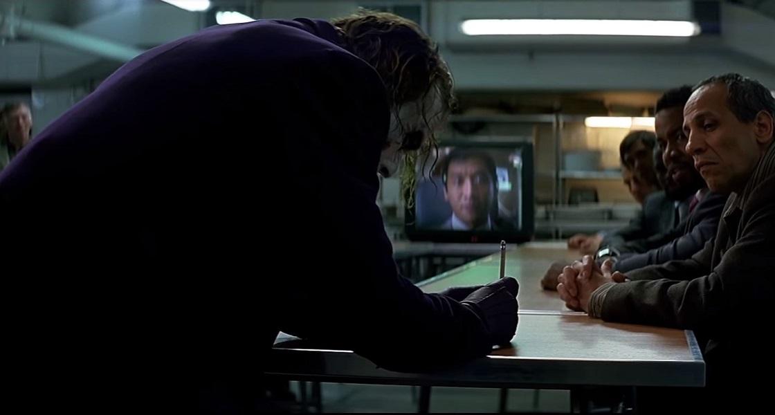 Este es el secreto del truco del lápiz que hacía Joker en The Dark Knight
