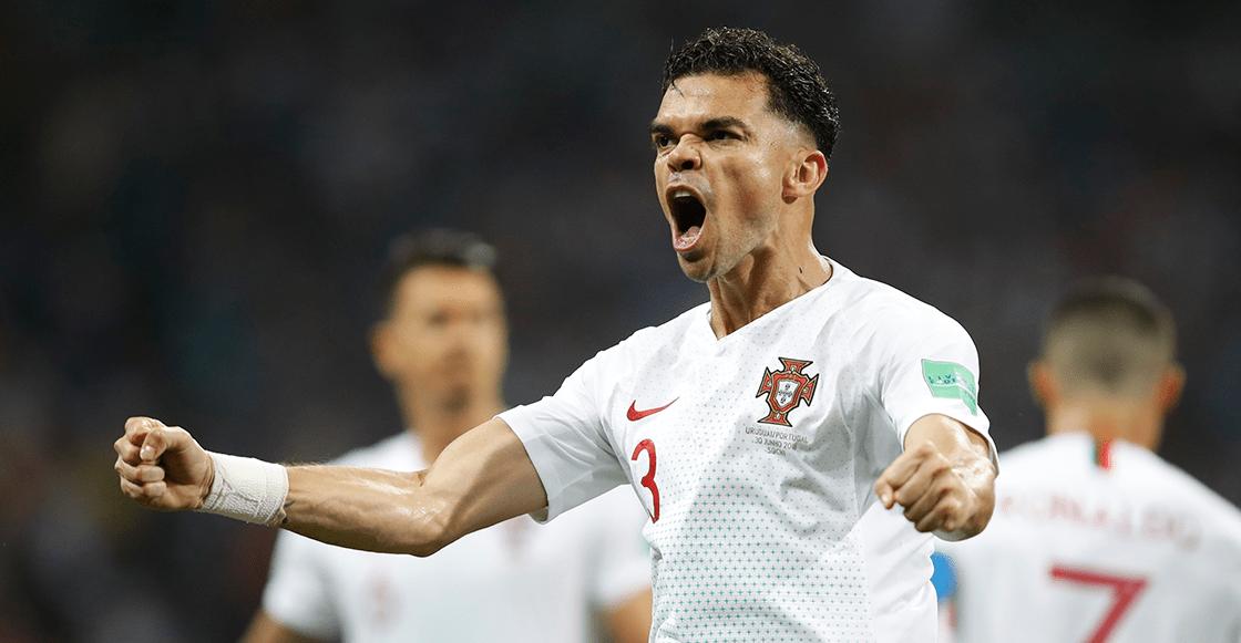 Pepe dejará al Besiktas, pero antes pasó a pagar el sueldo de trabajadores del club
