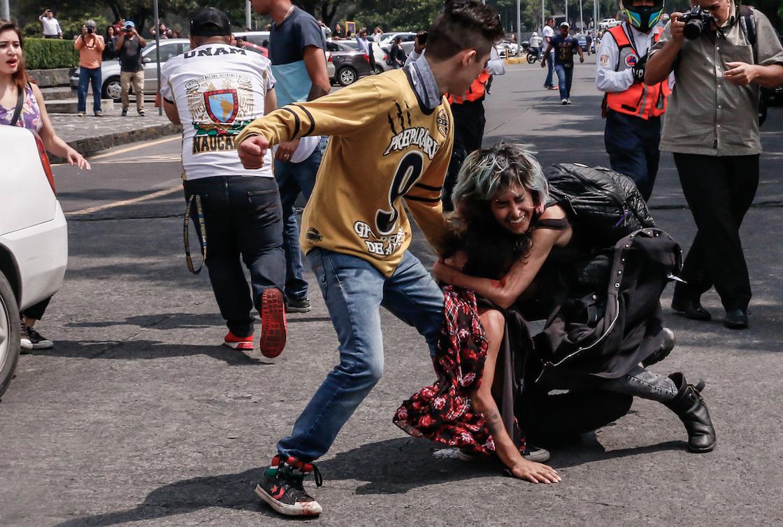 porros-unam-golpes-fotos-2018-marchas