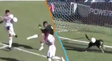 Portero se equivoca con un mal saque... ¡y un perro salva el gol!
