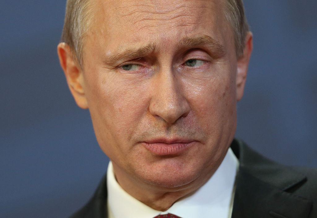 Encuentran identificación de la Stasi de Vladimir Putin