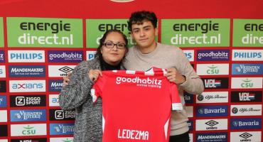 El mexicano de 18 años que fichó el PSV, pero que juega para otra Selección