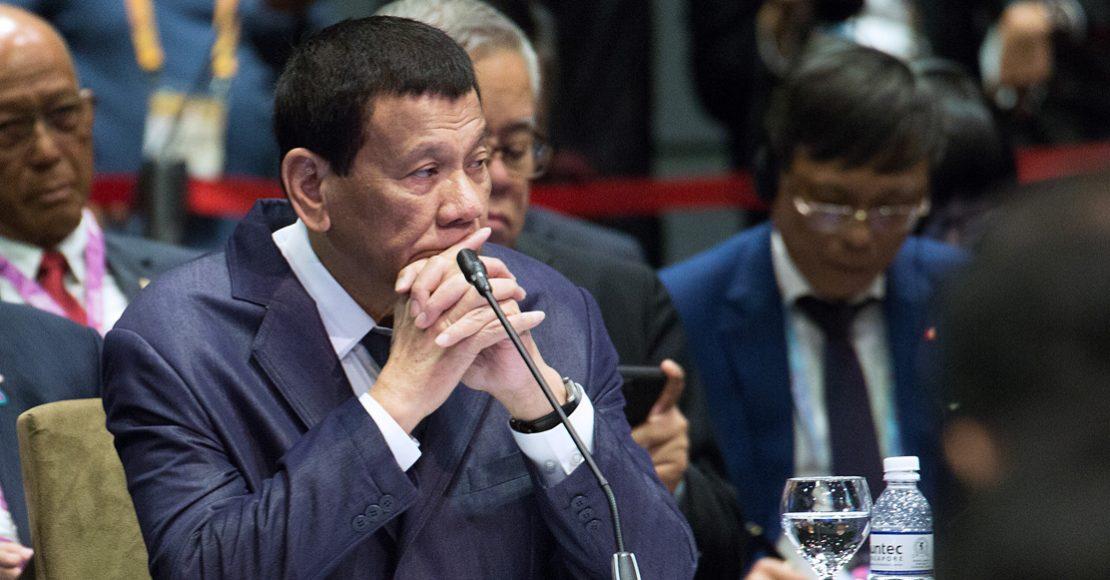 """Presidente de Filipinas, Rodrigo Duterte, pide matar a los obispos católicos por """"inútiles"""""""