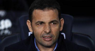 Miguel Layún se queda sin DT; Villarreal despidió a Javier Calleja por malos resultados