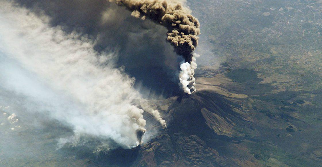 Italia declara estado de emergencia por actividad de volcán Etna