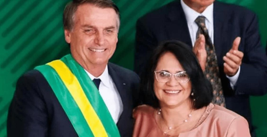 """""""En la nueva era de Brasil"""": las niñas vestirán de rosa, los niños de azul, dice ministra"""