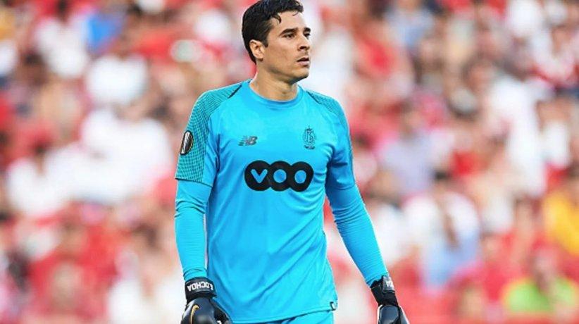 La increíble atajada de Guillermo Ochoa que está entre las mejores de la Europa League