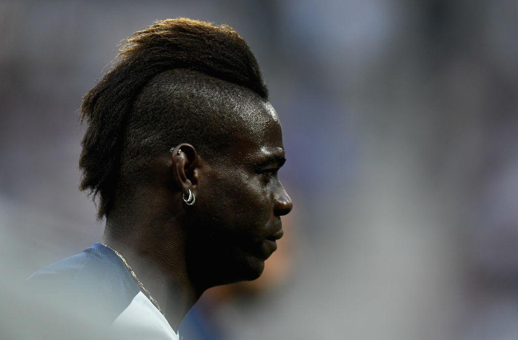 ¡Olympique de Marsella hace oficial el fichaje de Mario Balotelli con un curioso video!