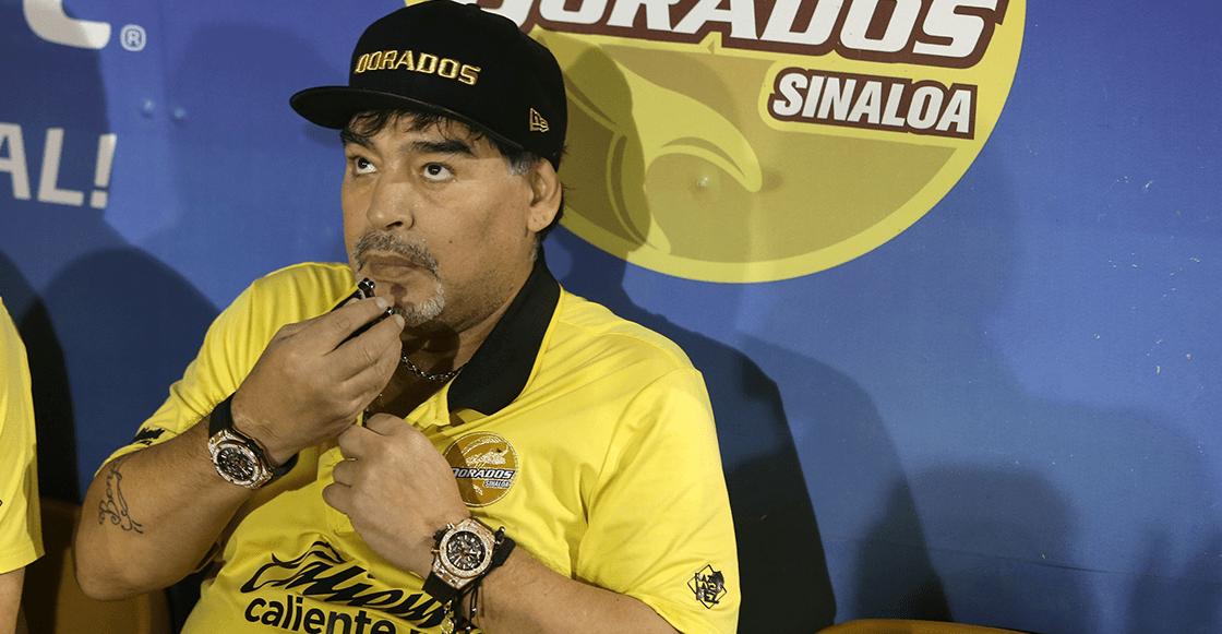 Diego Maradona fue internado de urgencia en una clínica de Argentina