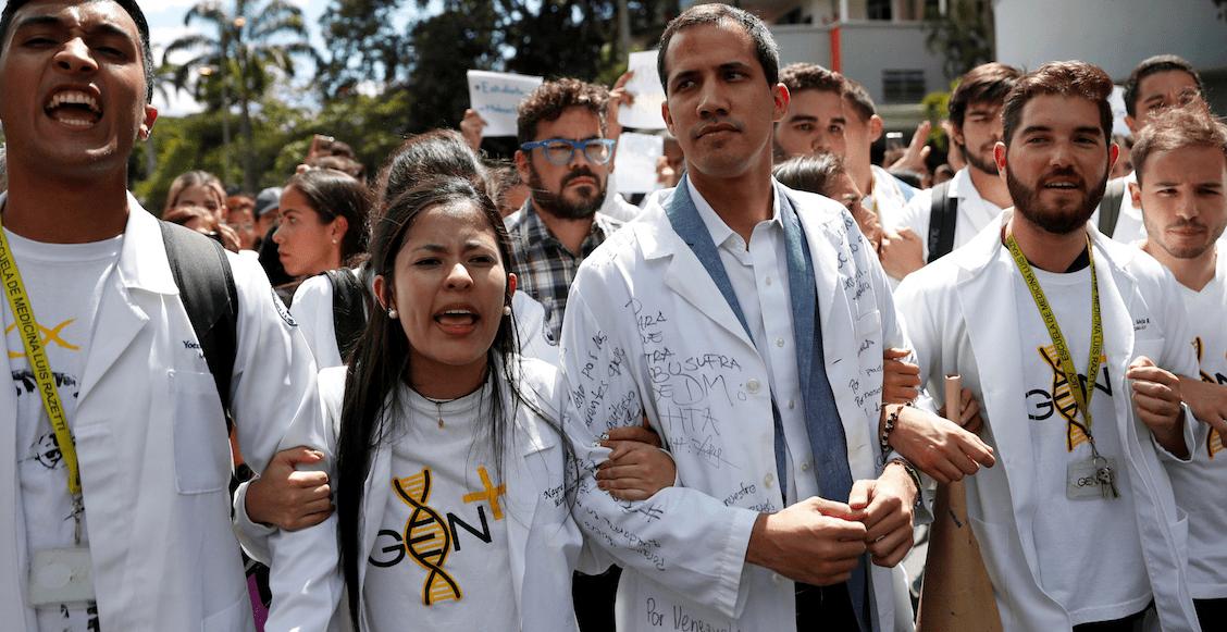 En imágenes: Guaidó y la oposición toman las calles de Venezuela para exigir elecciones