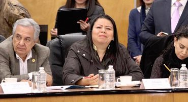 'La cuarta transformación es mi único vicio', dice diputada tras ser acusada de beber en el Congreso de Sinaloa