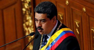 A dos días de entrada de ayuda humanitaria, Maduro ordena cierre de frontera Venezuela-Brasil