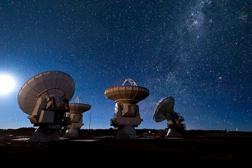 Detectan ondas radiales de una galaxia muy lejana