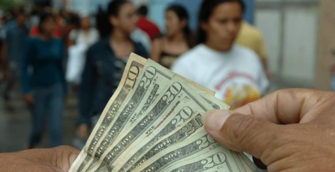 Mexicanos en el extranjero tirando paro: remesas alcanzan los 2 mil 910 millones de dólares