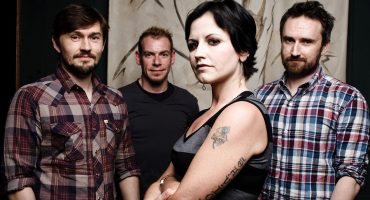 """All Over Now"": la nueva canción de The Cranberries y lo último que grabó Dolores O'Riordan"