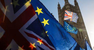 Después de la tremenda derrota, ¿qué pasará con Theresa May y su Brexit?