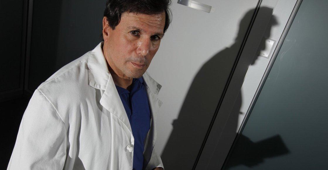 Suspenden al Dr. Marihuana: repartió miles de licencias de mota medicinal