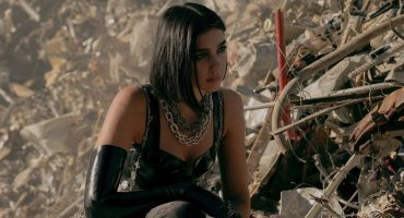 Dua Lipa estrena video de 'Swan Song' para la película 'Alita: Battle Angel'