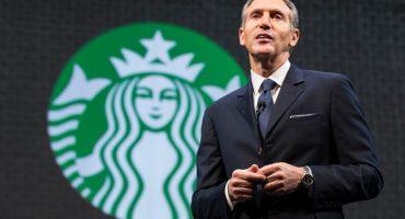 """ExCEO de Starbucks buscaría presidencia de Estados Unidos; """"No tiene las agallas"""": Trump"""