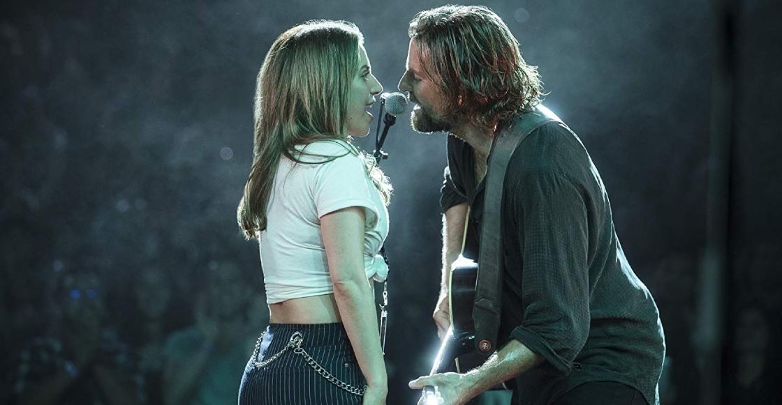 """Lady Gaga y Bradley Cooper interpretan """"Shallow"""" en vivo por primera vez"""