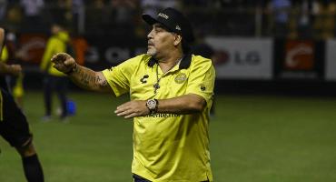 ¿Qué pasa con Maradona y su regreso a México con Dorados?