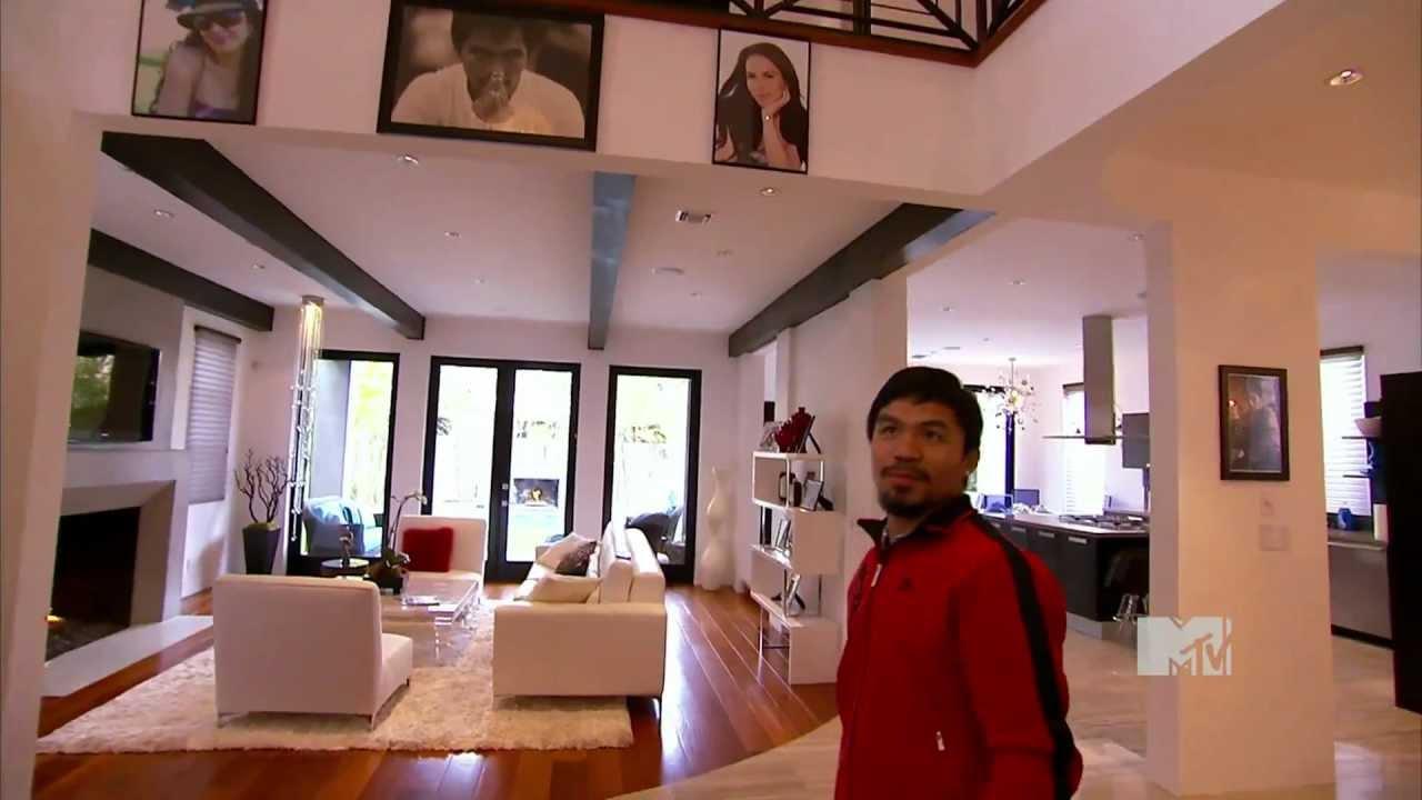 Mientras Pacquiao le daba sus 'guamazos' a Broner, unos ladrones saquearon su casa