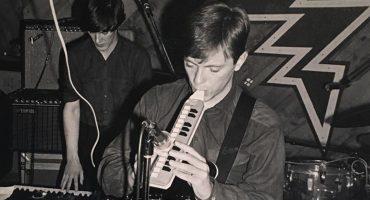 New Order comparte video inédito de una versión en vivo de 1981 de 'Ceremony'