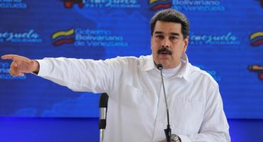 Gobierno de Maduro deja libre a periodista; pide ayuda a Rusia y China para investigar a
