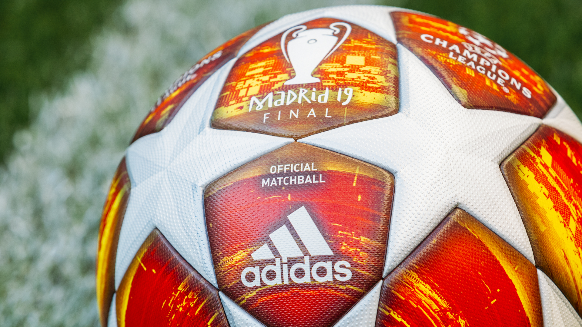 ¡Es bellísimo! Con este balón se jugará la Final de la Champions League