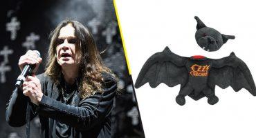 Ozzy Osbourne celebra el 'aniversario' de cuando le arrancó la cabeza a un murciélago 驪