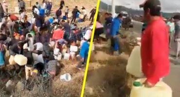 ¿No hay gasolina? Captan a pobladores ordeñando un ducto de Pemex en Edomex