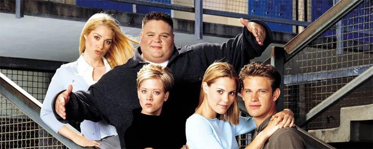 9 series que se estrenaron hace 20 años