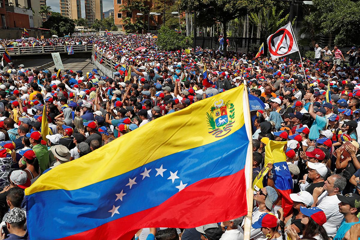 Gobierno de Maduro y oposición estarían en negociaciones con Noruega como mediador