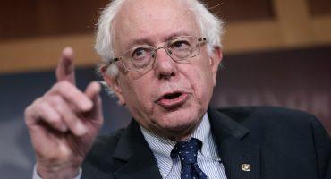 Operan del corazón a Bernie Sanders; suspende campaña el precandidato presidencial
