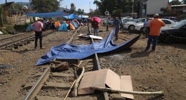 CNTE continúa bloqueo de vías en Michoacán;