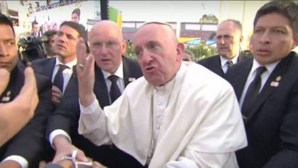 """""""Quienes se pasan la vida acusando a la Iglesia son amigos del diablo"""