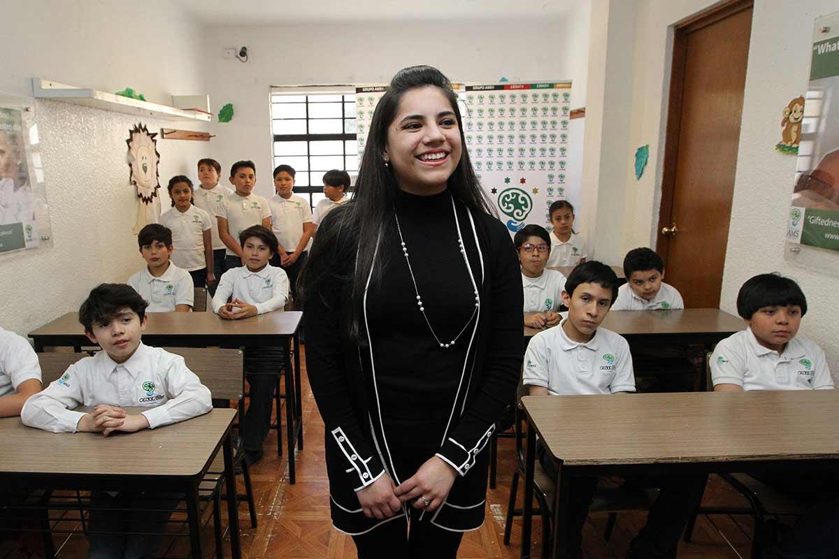 ¡Orgullo! Ella es Dafne, la mexicana que a sus 17 años ya estudia un posgrado en Harvard