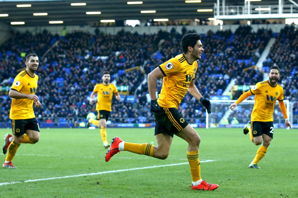 ¡En modo bestia! Raúl Jiménez le marcó su gol 10 en la Premier al Newcastle