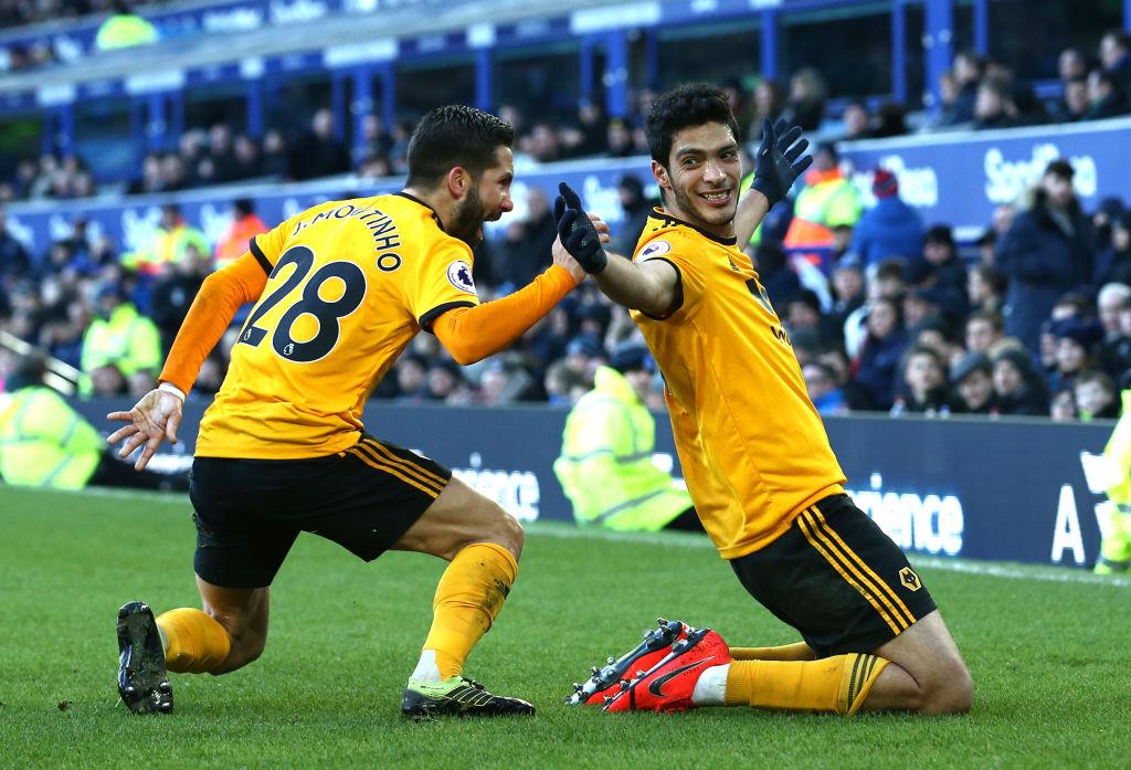 Wolverhampton derrotó al Everton con un Raúl Jiménez que jugó en 'Modo Dios'