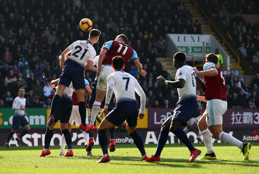 Burnley sorprendió al Tottenham y entierra sus esperanzas en la Premier League