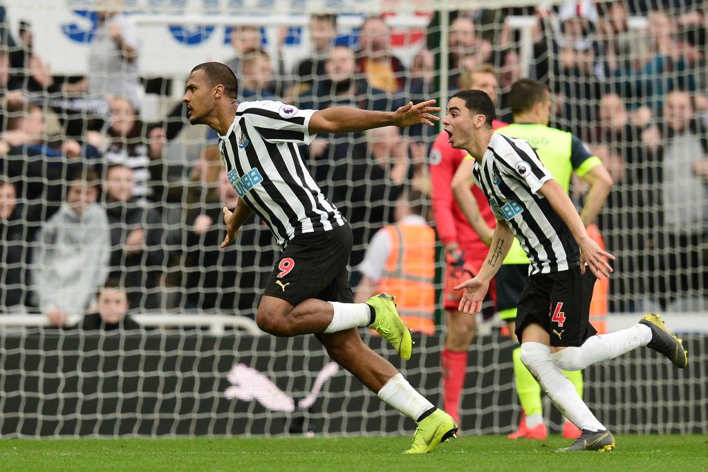 Huddersfield perdió ante Newcastle y es cuestión de tiempo para que descienda
