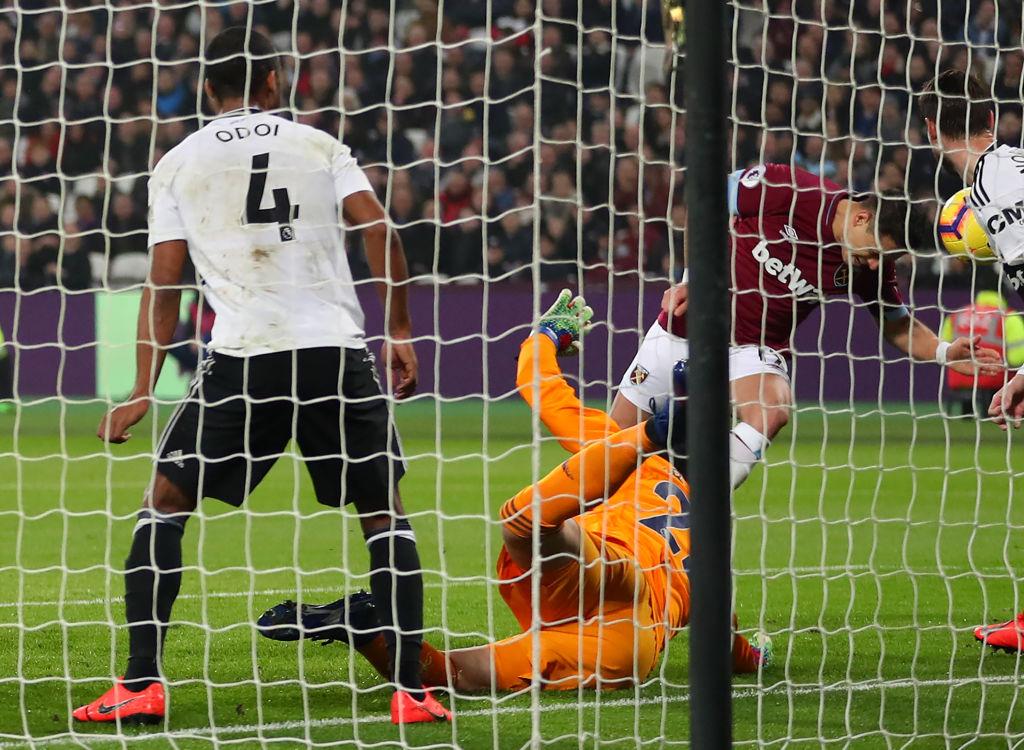 Gol de 'Chicharito' Hernández con el West Ham