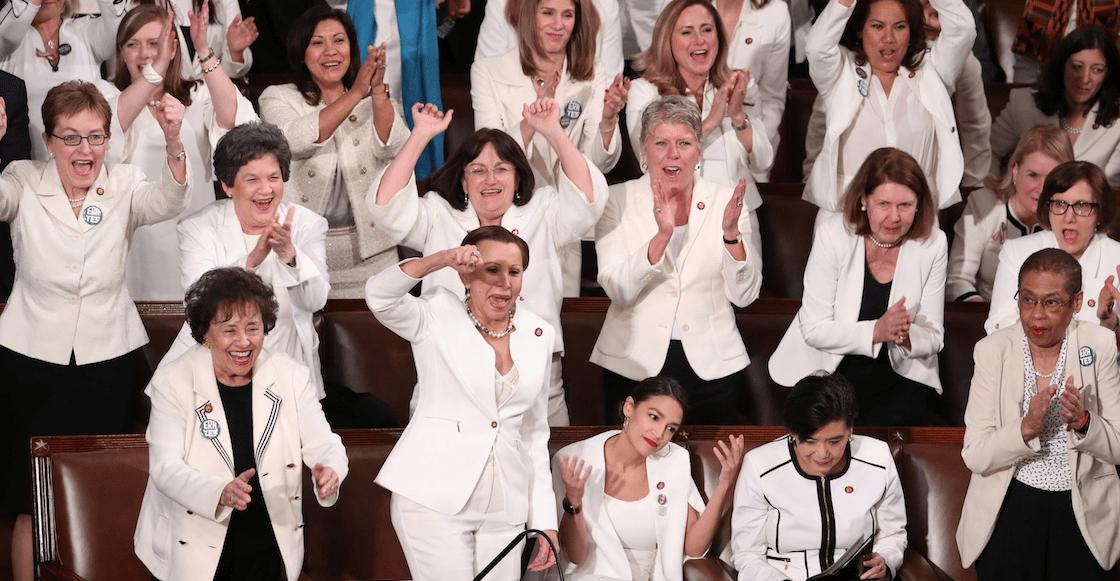 ¿Por qué las mujeres demócratas asistieron al discurso de Trump vestidas de blanco?