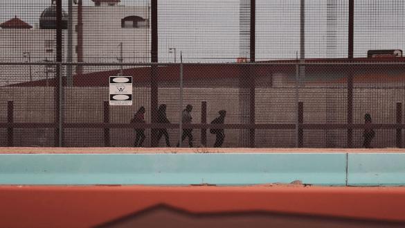 Revelan denuncias de abuso sexual en contra de niños migrantes bajo custodia de EUA