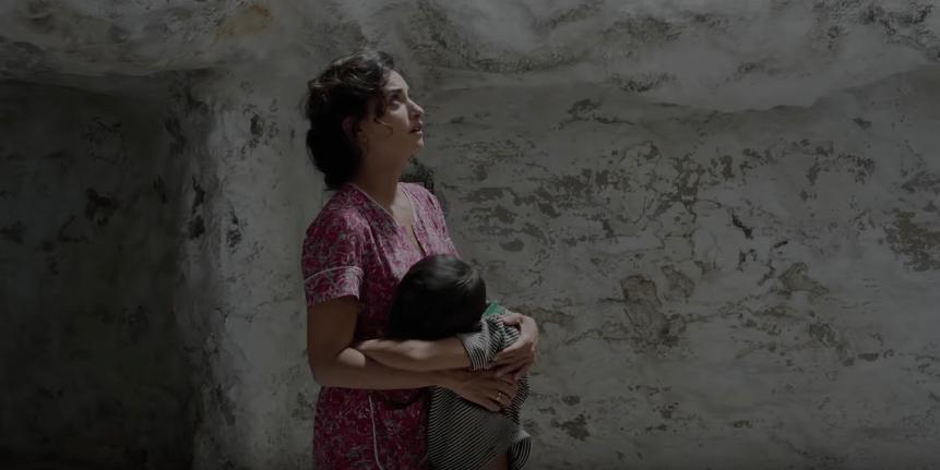 Rosalía y Penélope Cruz cantan juntas en el nuevo tráiler de 'Dolor y Gloria' de Pedro Almodóvar
